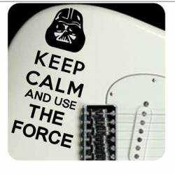 Pegatina KEEP CALM THE FORCE. Vinilo de alta calidad, soporta perfectamente la intemperie, apto incluso para náutica. Pégala don